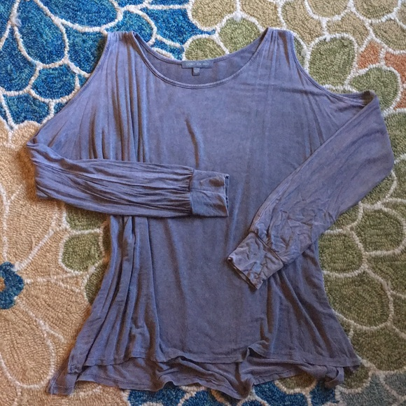 American Eagle Outfitters Tops - American Eagle Don't Ask Why cold shoulder tshirt